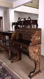 Antiquário Garimpo dos móveis