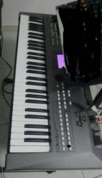 Teclado sintetizador YAMAHA MM6