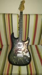 Guitarra personalizada condor