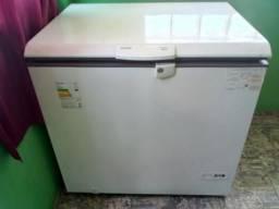 Vendo duas freeze so foi usadas 4 meses tel 983392286