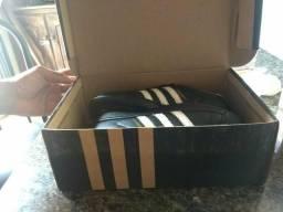 Adidas novo na caixa