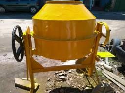 Betoneira 400 litros em perfeito estado
