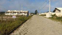 Lindo terreno na Praia de Itajuba, escritura, calçamento, luz, água