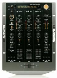 Mixer Numark X9 Digital 24bits de 3 Canais e 12 efeitos
