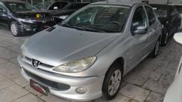 Peugeot 206 Presence 1.4 completo