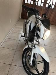 Vendo Honda CG 150 Titan Flex - 2014