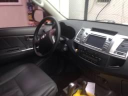 Hilux SRV COMPLETA 4x4 automática Prata - 2014