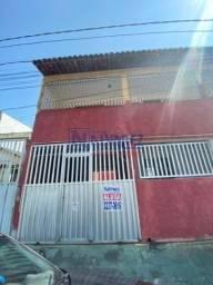 Casa assobradada com 3 quartos - Bairro Carapina Grande em Serra