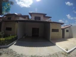 Casa com 3 dormitórios para alugar, 160 m² por R$ 2.000,00/mês - Lagoa Redonda - Fortaleza