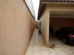 Casa à venda com 4 dormitórios cod:9550