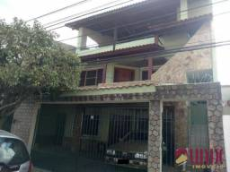 Pq. Santo Amaro - Casa triplex, 07 qtos, 450 m², ótima localização.