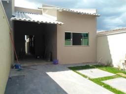 Linda Casa, 81 m2, sendo 2 quartos, suíte, Village Garavelo-Ap. de Goiânia R$ 168.000