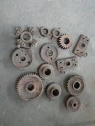 Várias peças para trator vendo ou troco