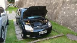 Fiesta Hatch Completo - 2007