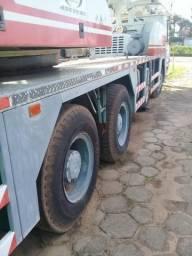 Vendo guindaste 30 toneladas - 2012