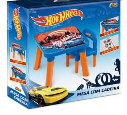 Mesa hot wheels