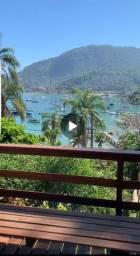 Casa 3 quartos frente para o Mar em condomínio excelente localização Angra dos Reis