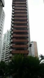 Apartamento a venda na beira Mar de Fortaleza