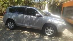 TOYOTA-SUV-RAV4 4x4 2010