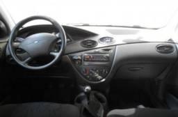 Ford focus 1.6 , novinho , excelente carro e com transferência grátis