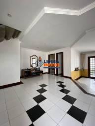 Casa no Parque Getúlio, 4/4, 3 Suítes, Garagem Coberta, Área Gourmet, em Feira de Santana