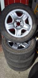 Jogo de Rodas Aro 15 da Saveiro com pneus 195/55R15