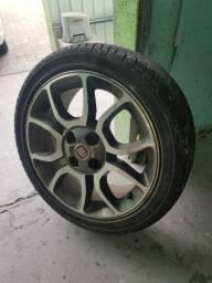 Vendo rodas 15 com pneus usados