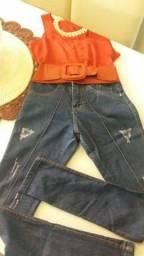 Calça jeans. Usada Só uma vez. Praticamente nova.
