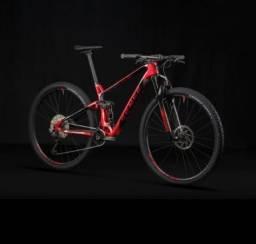 Bicicleta Carbon Invictus Pro L 2021/22 (Nova com NF)