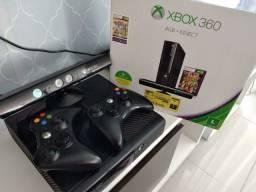 Vendo X-Box 360 - 4GB +Kinect