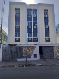 Alugo Apto. 3 quartos/suíte, Pq. São Caetano.