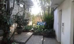 Título do anúncio: Casa com 3 dormitórios para alugar, 295 m² por R$ 18.000 - Jardim Everest - São Paulo/SP