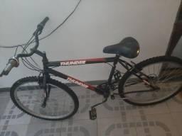 Título do anúncio: Bicicleta vendo ou troco