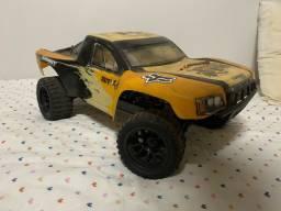 Automodelo Turnigy Trooper sct-x4 4wd