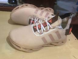 Título do anúncio: Tênis Adidas Yeezy novo pra vender ele hoje
