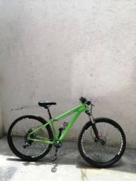 Moutain Bike tamanho 15