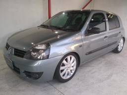 Renault Clio 1.0 4 portas Flex