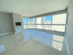 Apartamento com 03 Suítes, Vista Parcial para o Mar no Centro de Balneário Camboriú/SC