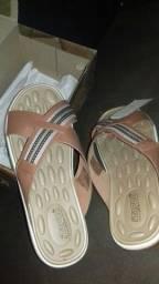 Título do anúncio: Sandalha de couro nova