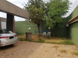 Título do anúncio: Ótima Casa com 04 Dormitórios Disponível à Venda por R$ 2.500.000,00 no Bairro Vila Claudi