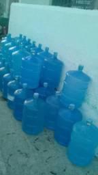 Vende-se disk de água mineral completo.