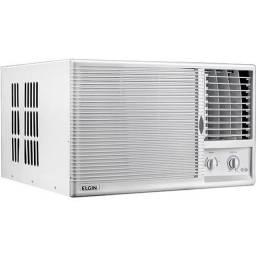 Ar condicionado antigo funcionando normalmente