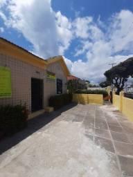 Alugo casa comercial com 10 salas recepção e estacionamento em Bairro Novo Olinda
