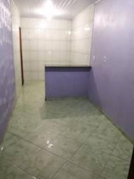 Alugo uma casa no bairro Brasil