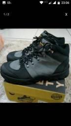 98425-3444. Bot boots número 40