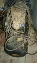 Compressor de Ar 10 PCM 2HP 110 Lt - Chiaperini-10MPI110LM