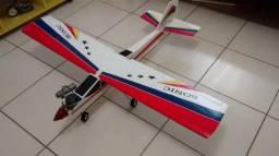 Aeromodelo treinador glow combustão