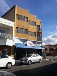 Loja e dois apartamento no centro de Mogi Mirim