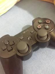 Vendo jogos e controle de play 3