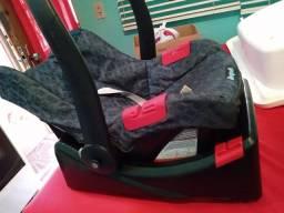 Bebê conforto com suporte para carro !